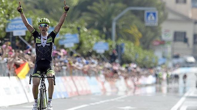 Formolo gana la 4ª etapa del Giro