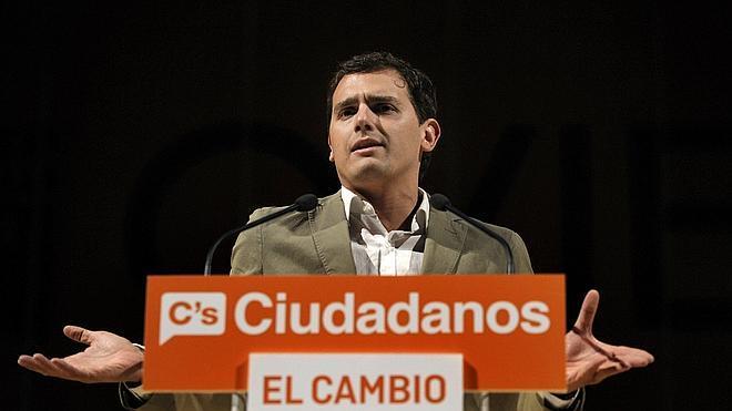 Rivera: «A lo mejor lo que les preocupa a algunos es que sus votantes quieran primarias»