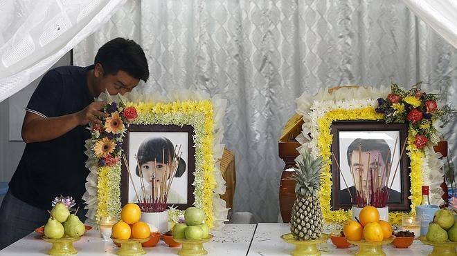 Dos sospechosos del atentado de Bangkok se entregan a las autoridades
