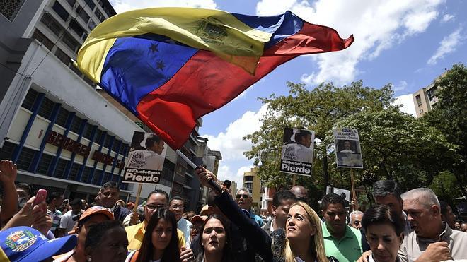 Comienza en Caracas la audiencia en la que se espera la sentencia de Leopoldo López