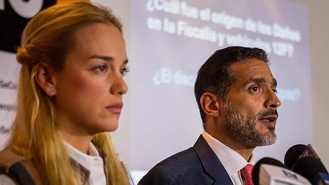 La defensa de Leopoldo López denuncia «graves vicios» en el juicio contra el opositor