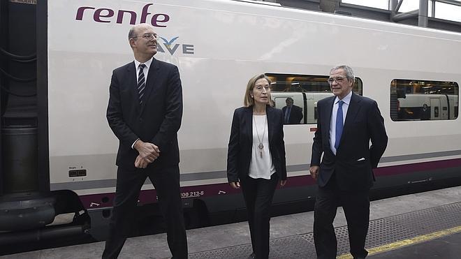 Renfe presenta su servicio wifi en trenes, que no se completará hasta 2017