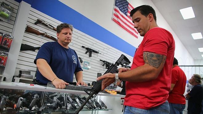 Facebook e Instagram prohibirán la venta privada de armas en sus plataformas