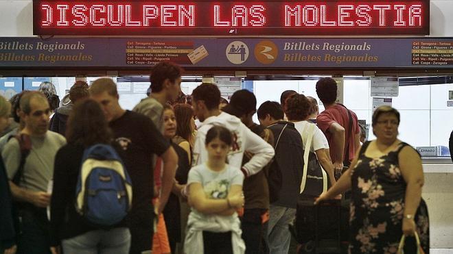 CC OO convoca huelga en Renfe y Adif en Semana Santa