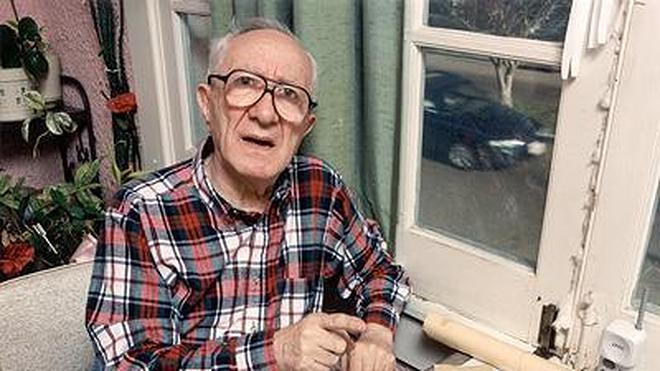 Muere a los 100 años el superviviente del Holocausto Joseph Sher, sastre de Elvis Presley