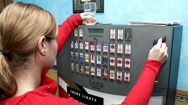 Apagadas 50.000 máquinas de tabaco de bares por una huelga en el sector