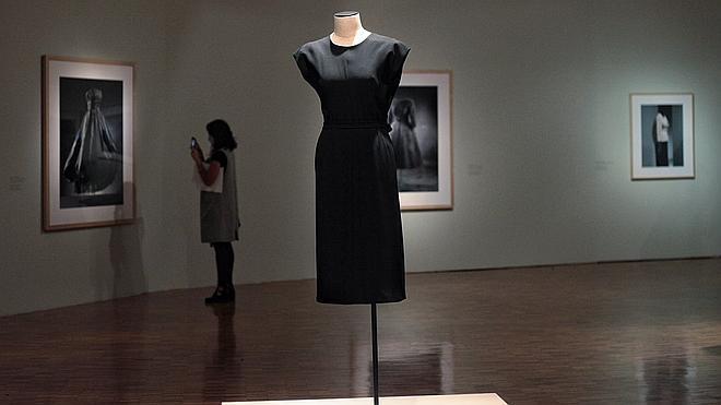 Cristóbal Balenciaga llega al Museo de Arte Moderno de México