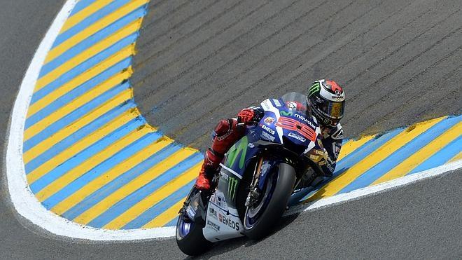 Lorenzo amartilla Le Mans para conseguir victoria y liderato