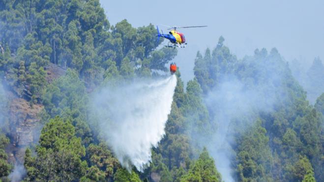 Estabilizado el perímetro del incendio de La Palma en todos sus frentes