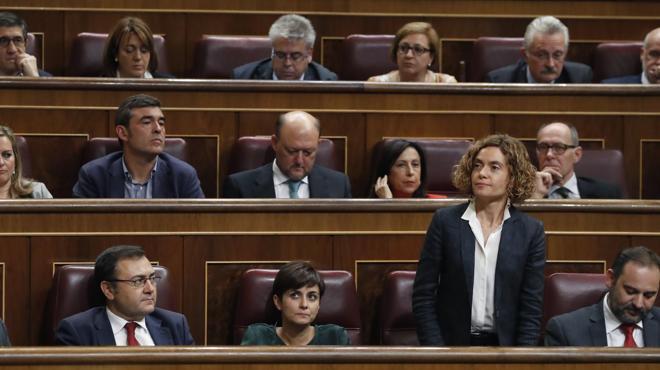 El PSOE sancionará con hasta 600 euros a los 15 diputados del 'no' a Rajoy