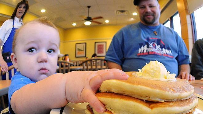 La obesidad de los padres, vinculada a retrasos en el desarrollo del niño