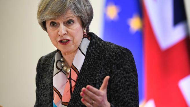 May avanza que Reino Unido dejará de pagar grandes sumas de dinero a la UE