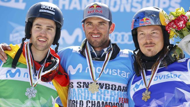 Lucas Eguibar, subcampeón mundial de boardercross