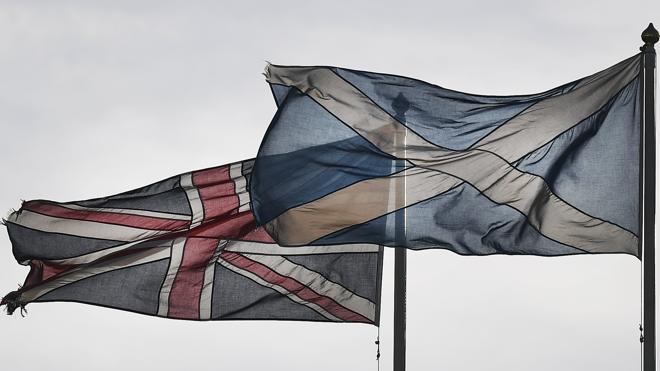 La independencia gana adeptos en una Escocia dividida sobre su futuro