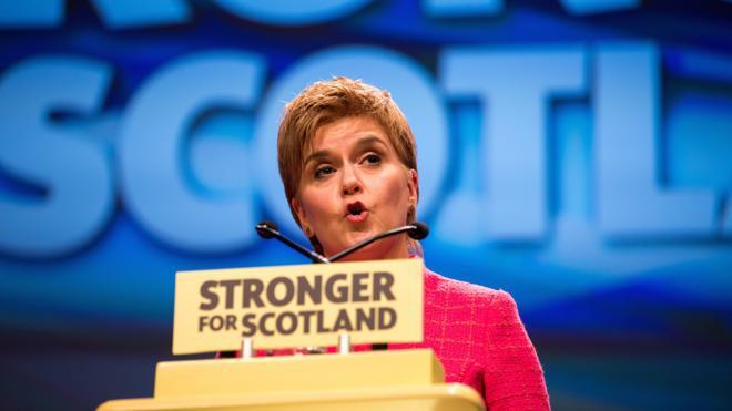 Sturgeon asegura que bloquear un referéndum escocés «fracturaría» el Reino Unido