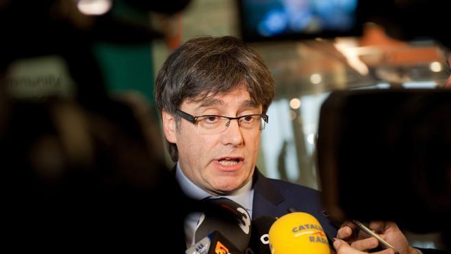 Puigdemont se aferra otra vez al paralelismo entre Cataluña y la independencia de Escocia