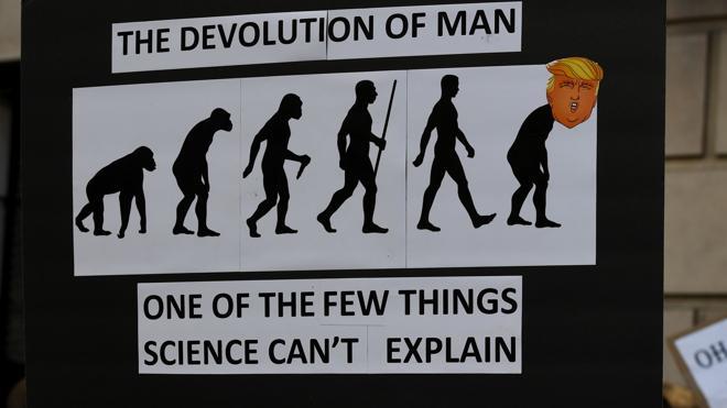 Miles de personas marchan en Washington por la ciencia y contra los «hechos alternativos»