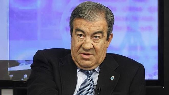 Cascos dice que PP y PSOE «son lo mismo» y juegan al «sálvese quien pueda»