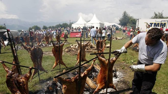 200 corderos serán asados en Llagüezos