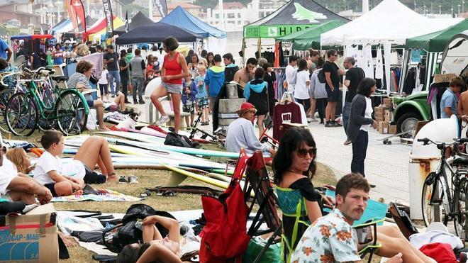 Menos fiesta y más surf en el Festival de Longboard