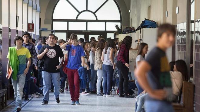 El curso de secundaria arranca en Asturias con 38.701 alumnos matriculados