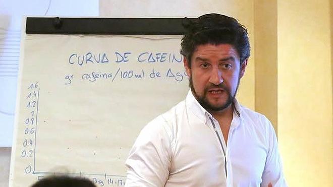 El gijonés Adrián Fernández se convierte en el mejor barista de la península