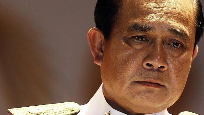 El líder de Tailandia, sobre los periodistas que no sigan la línea oficial: «Probablemente, los ejecutaremos»