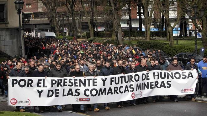 Industria propondrá un aumento de ayudas a la producción de carbón para compensar la bajada de precio