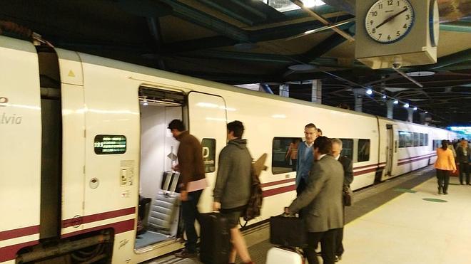 El Alvia a Madrid, a 55,5 euros desde Gijón y 54,1 desde Oviedo