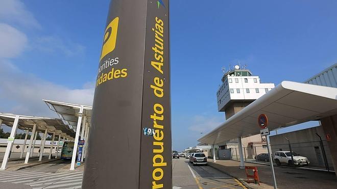Belén Fernández dice que Asturias ofertará un 15% más de vuelos en invierno