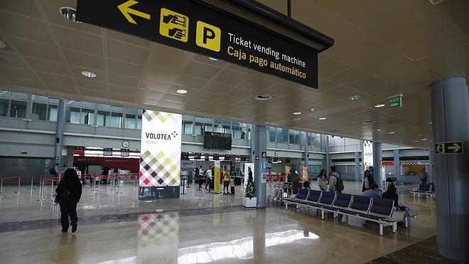 Vigilantes privados denuncian «irregularidades» en el servicio del aeropuerto