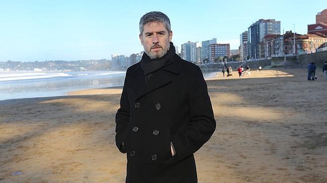Xixón Sí Puede se suma al PSOE y cree que Carballo no debe seguir al frente del FICX
