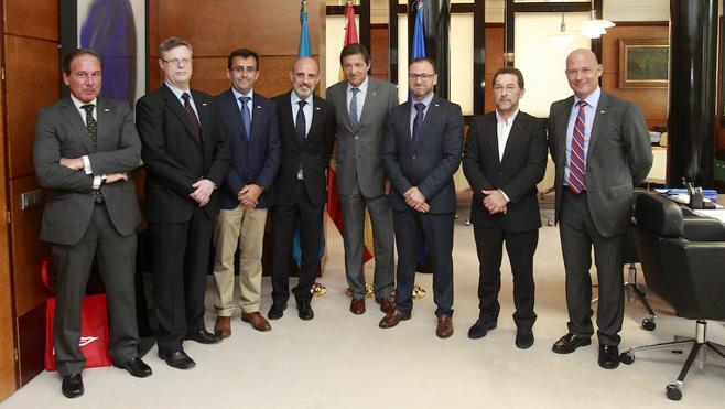 El presidente regional recibe a la directiva del Grupo