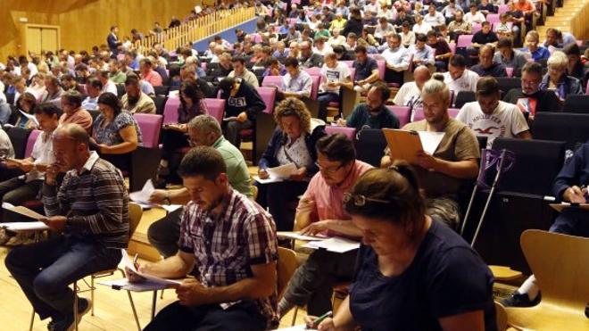 Trescientos aspirantes a operarios en Siero