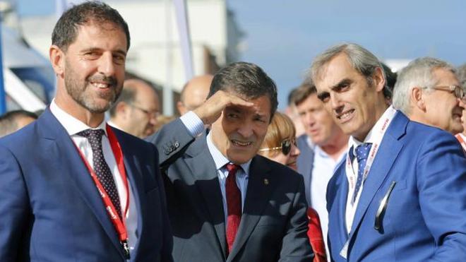 Javier Fernández avisa al PP de que en ningún caso dará estabilidad al Gobierno de Rajoy