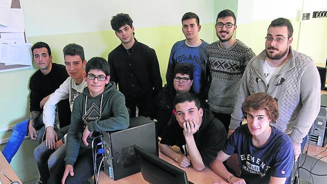 «A los chicos les motiva tener contacto con emprendedores»