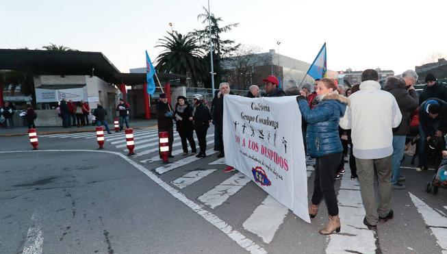 El Grupo pacta con la empresa de la cafetería la readmisión de los despedidos al acabar la obra