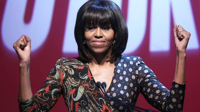 Las redes aplauden el gesto de Michelle Obama de dejarse fotografiar con su verdadero pelo