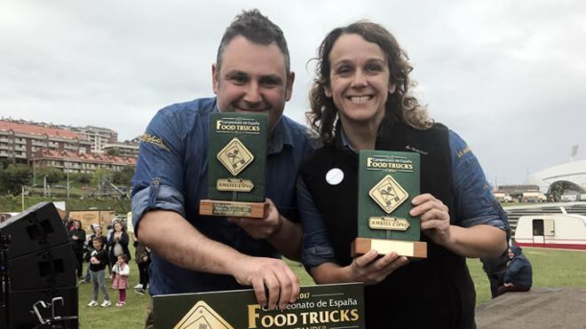 La foodtruck 'La manoleta', de Gijón, premiada en el concurso nacional de Santander